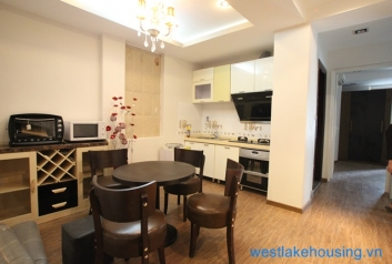Two bedrooms apartment leasing in Tran Vu st, Ba Dinh, Ha Noi