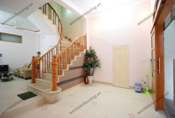 Spacious 4 bedroom house for rent on Dang Thai Mai street, Tay Ho