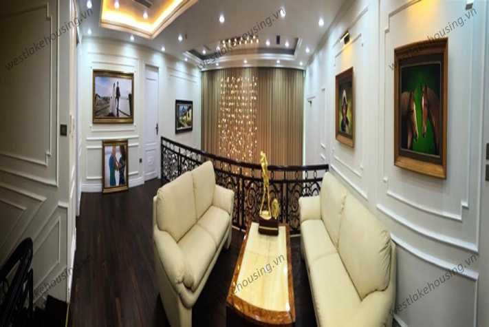 Luxury and modern apartment for rent in Mandarin Garden Tower, Cau Giay District.