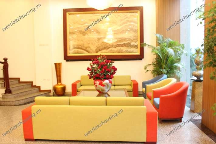 A modern apartment for rent in Hai Ba Trung district, Ha Noi