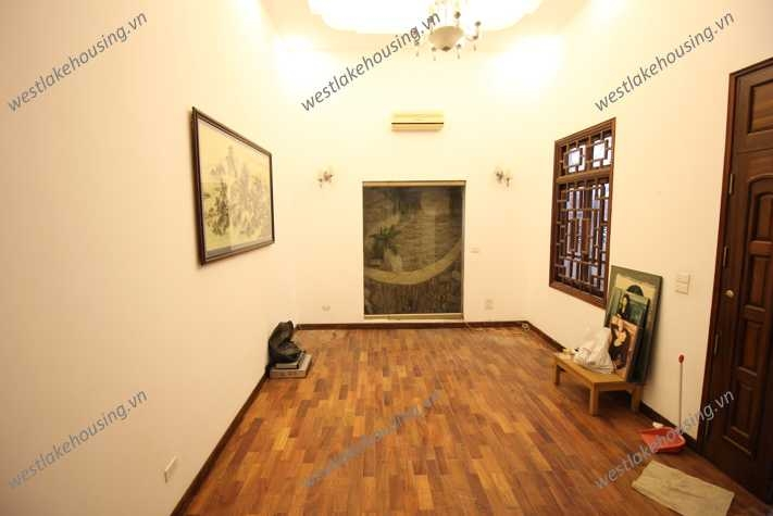 A nice and large house for rent in Tay Ho, Ha Noi