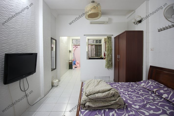 Cheap and neat apartment for rent in Ba Dinh, Hanoi