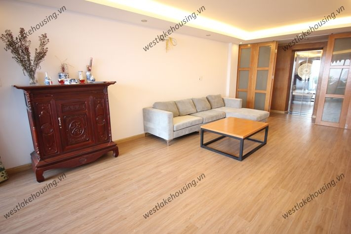 A  affordable house for rent in Tay Ho, Ha Noi