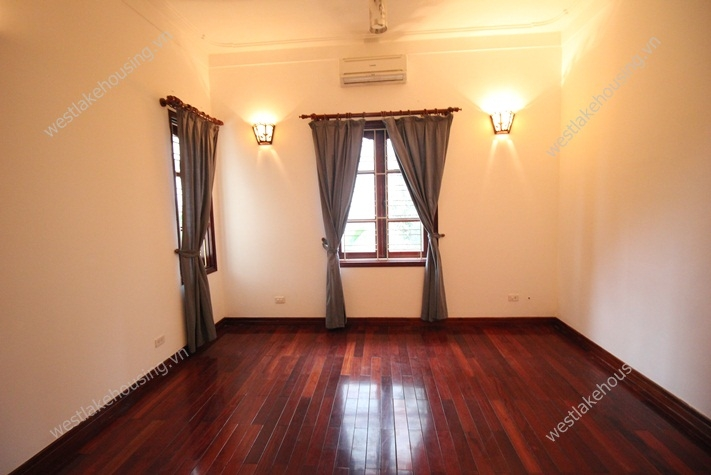 Beautiful renovated house with large front yard and swimming pool for rent in Tay Ho, Ha Noi