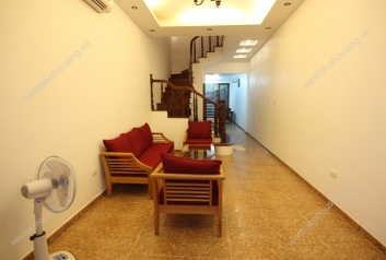 Cosy house for rent in Au Co St, Tay Ho , Hanoi.