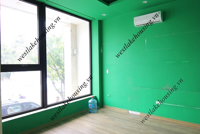 Nice office for rent in main street of Tayho area