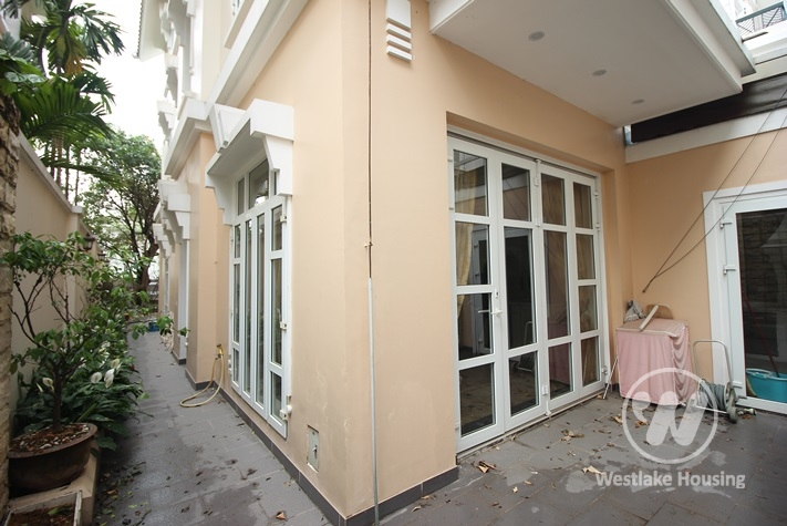Good house for rent in Ciputra, T area