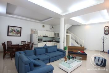 Four bedrooms house for rent in Dang Thai Mai street, Tay Ho district, Ha Noi