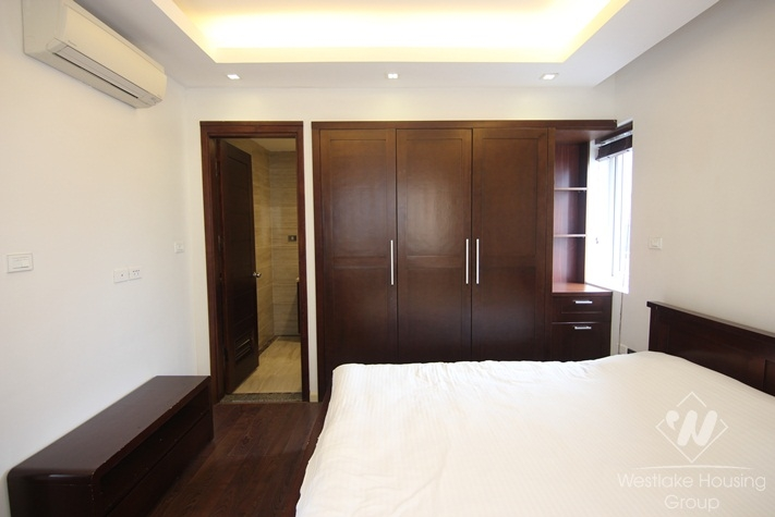 Good three bedrooms apartment for rent in Dong Da district, Ha Noi