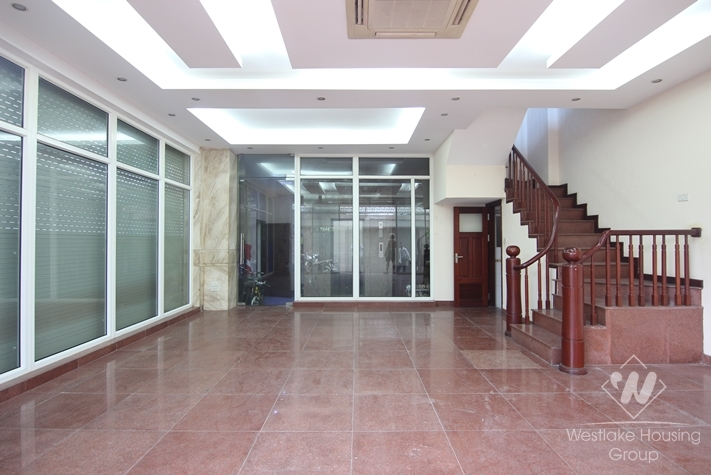 A large office for rent in Dong Da,Hanoi.