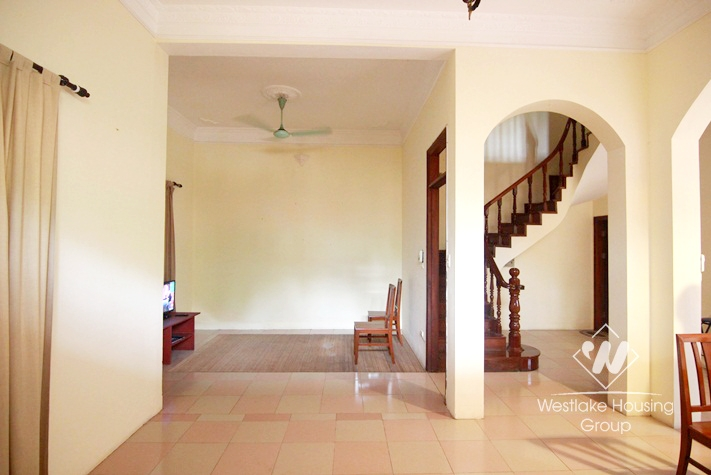 Tay Ho - Rental house with lots of natural light & terrace