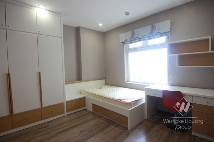 02 bedrooms apartment for rent in Hai Ba Trung.