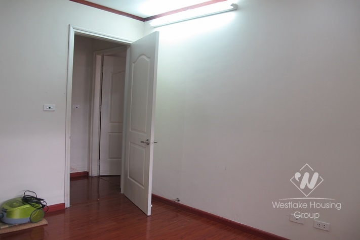 115 sqm, nice apartment for rent in Vinaconex building Khuat Duy Tien st for rent