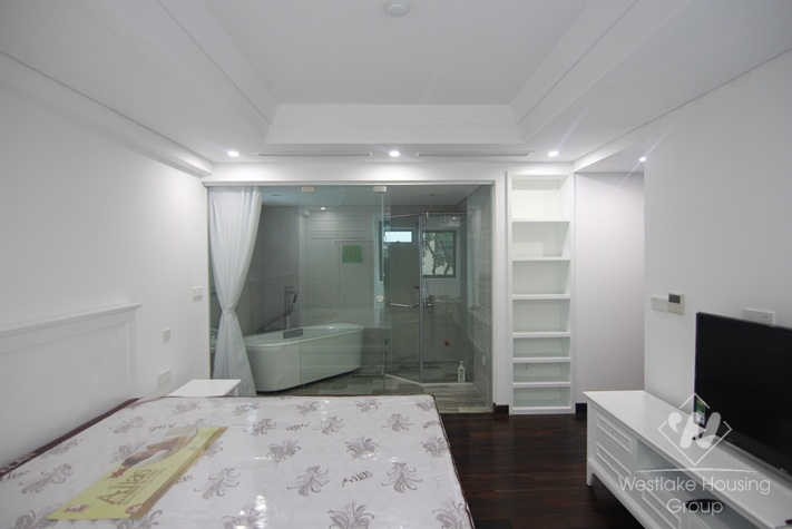 Luxury one brdroom apartment available for rent in Tay Ho,Ha Noi