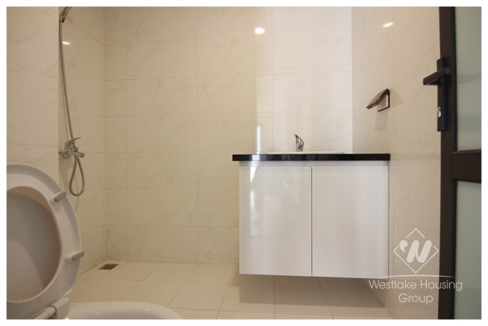 02 bedrooms apartment in Lac Hong building, Hanoi