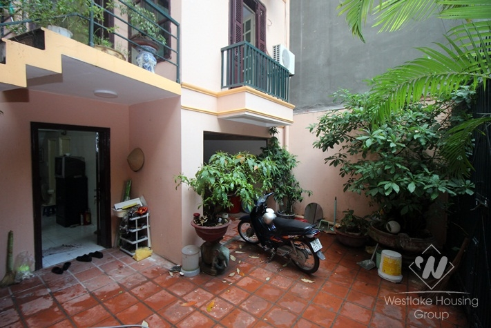 Budget house for rent in Hoang hoa tham, Ba Dinh