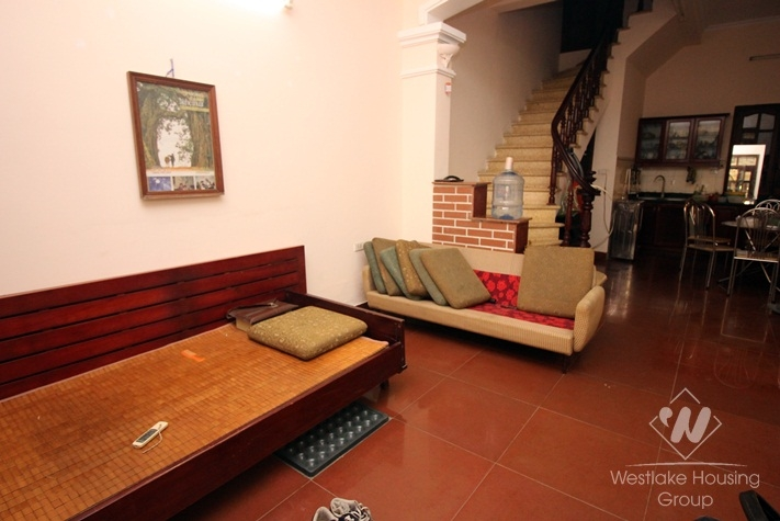 A 4 floor house for rent in Ba Dinh, Ha Noi