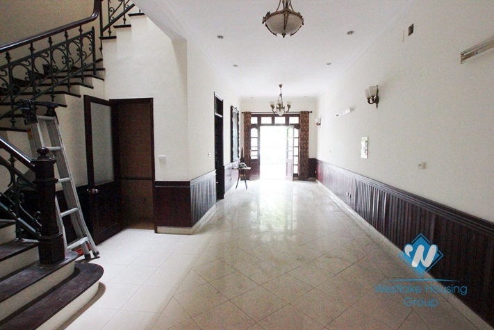 Cheap house for rent in Ciputra area, Tay Ho, Hanoi- Unfurnished