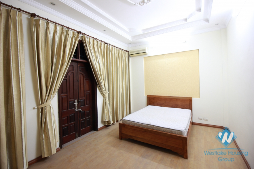 Large house with 5 bedroom house for rent in Ba Dinh area