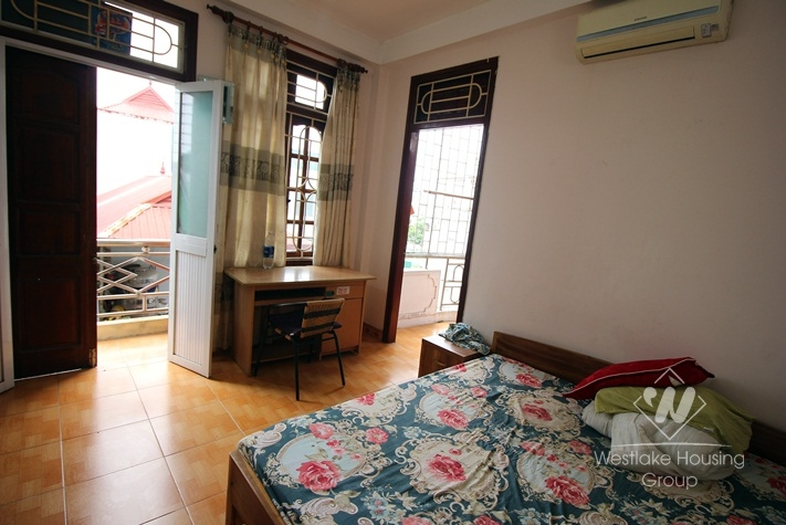 A Cheap 6 bedroom house for rent in Tay ho, Ha noi