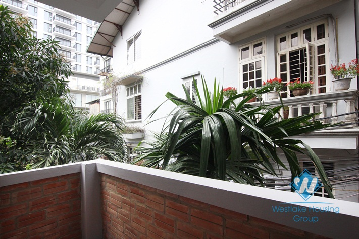 One bedroom serviced apartment for rent in Tay Ho street