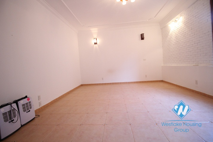 A nice house for rent with swimming pool in Westlake area
