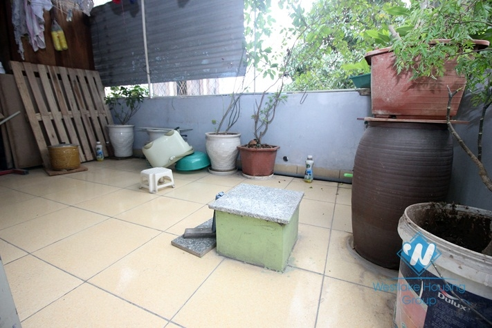 A house for rent near Hoang hoa tham, Thuy khue area