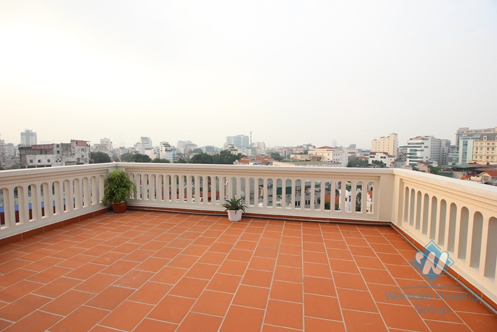 Modern and elegant solo apartment for rent in city centre Hanoi