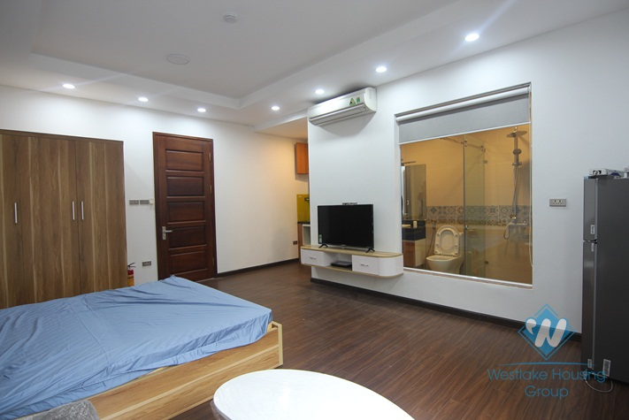 A new and modern studio for rent in Xuan Dieu, Tay Ho, Ha Noi