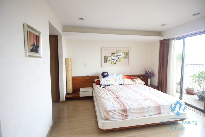 Three bedrooms apartment for rent in Sky city-Dong Da-Ha Noi
