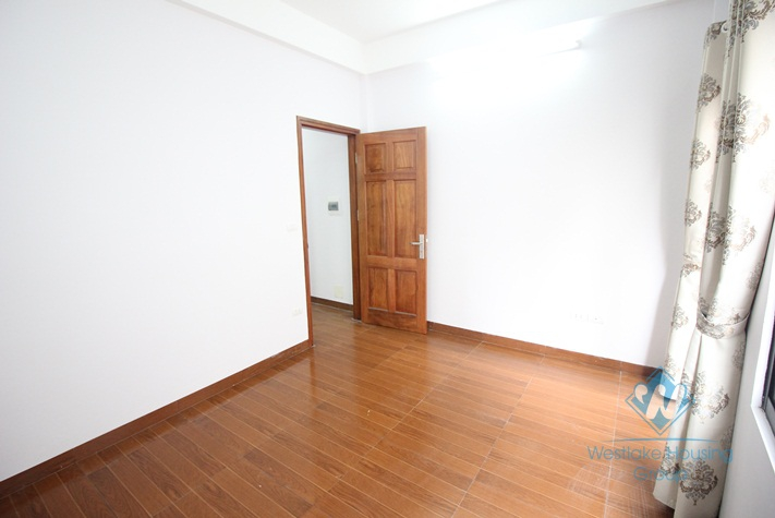 A nice house for rent in Tay Ho, Ha Noi - Unfurnished