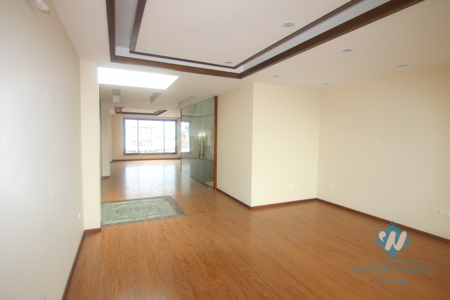 7 floors house for rent in Ba Dinh district, Hanoi