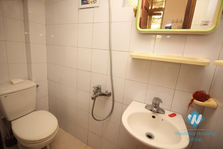 Five floor house with 02 bedroom for rent in Hoan Kiem, Ha Noi