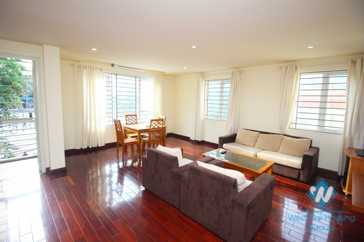 Brightly 2 bedroom apartment for rent in Ba Dinh, Ha Noi