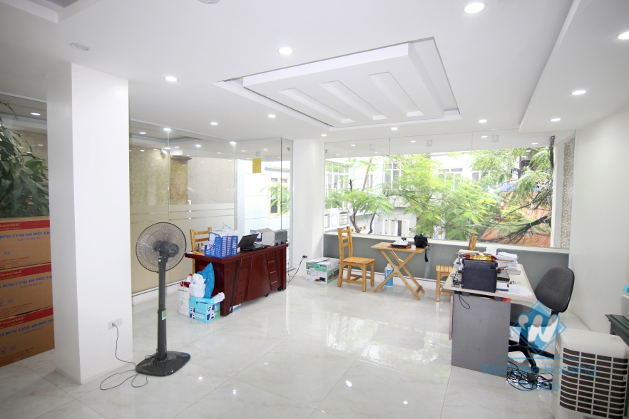 Office for lease in Ba Dinh district