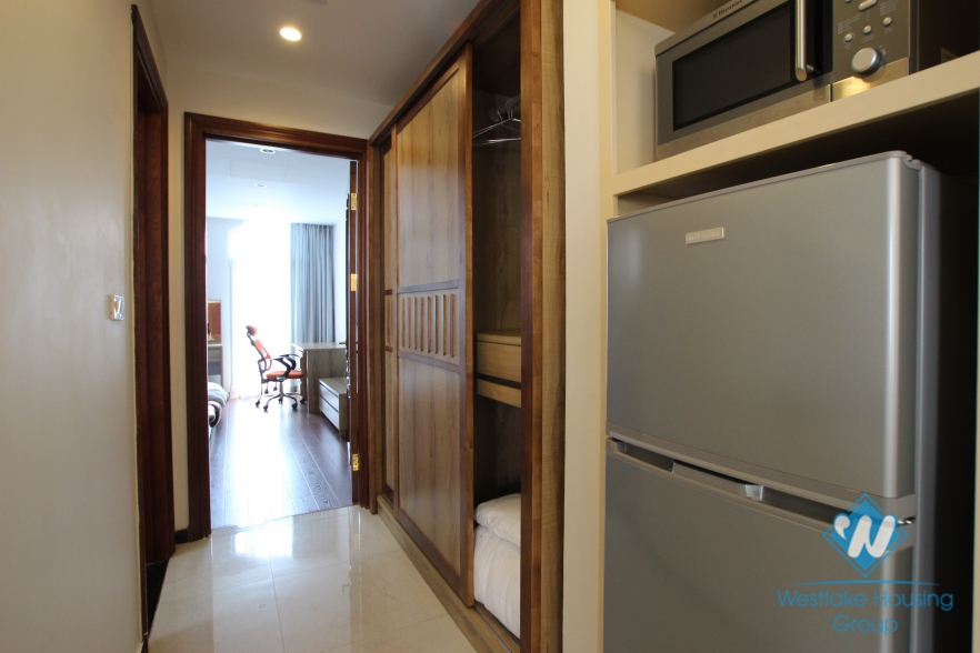 One bedroom apartment with modern furniture for rent in Ba Dinh district, Hanoi.