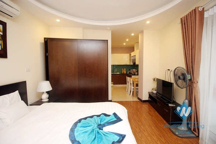 A balcony apartment for rent in Tay ho, Ha noi