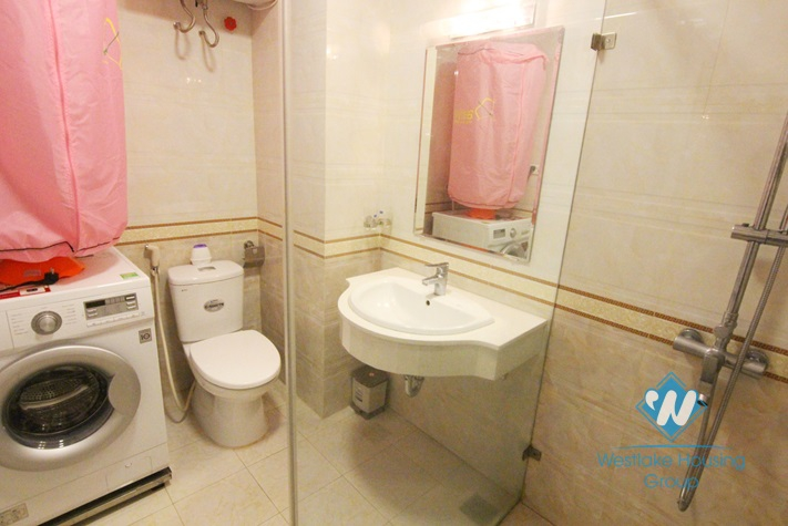A cheap and spacious apartment for rent in Tay ho, Ha noi