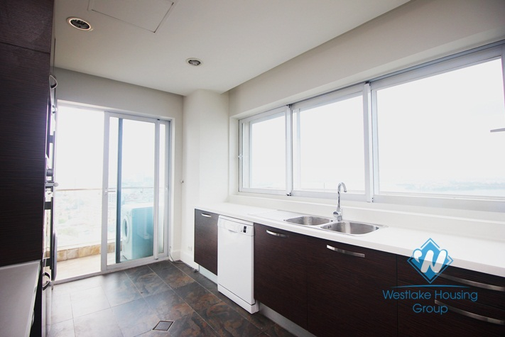 Golden Westlake apartment for rent with lake view from every window