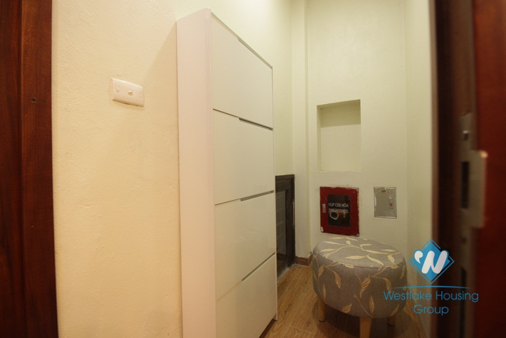 Newly renovated apartment for rent in Truc Bach island, Ba Dinh