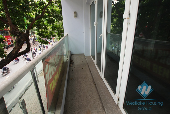 Beautiful office for lease in Ba Dinh District, Hanoi