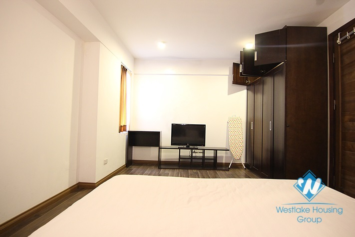 Apartment available for rent in Dang Thai Mai street, Tay Ho, Hanoi
