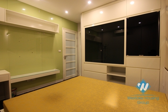 A modern 3 bedroom apartment for rent in Tay ho, Ha noi