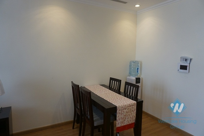 2 bedroom apartment for lease in Nguyen Chi Thanh, Ha noi
