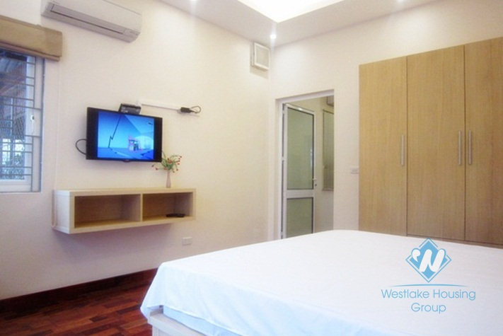 Nice apartment for rent in Hai Ba Trung district, Ha Noi