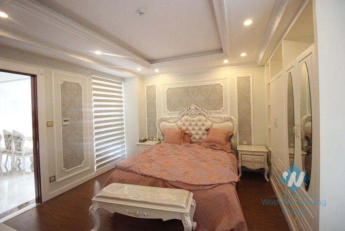 Gorgeous palatial apartment for rent in the central district of Hai Ba Trung, Hanoi