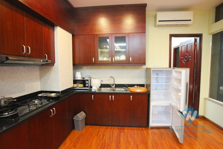 Cosy apartment for rent in Hoan Kiem district, Hanoi. Located on 2sd Floor. Price 500 USD/month