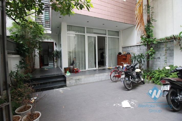 Newly built apartment for rent in Hai Ba Trung District, Hanoi