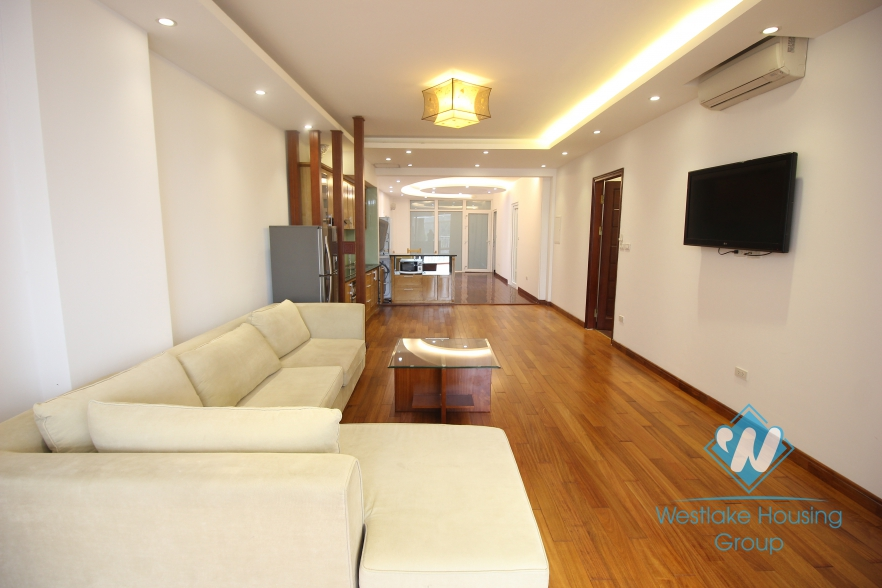 Gorgeous apartment for rent on Xuan Dieu, Tay Ho, Hanoi