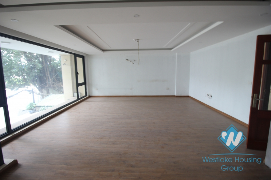 Bright and spacious office for rent in Tay Ho, Hanoi